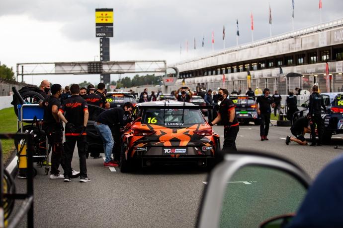 2020-2020 Barcelona Race 1---2020_TCR Europe_Barcelona_Race 1, grid _70