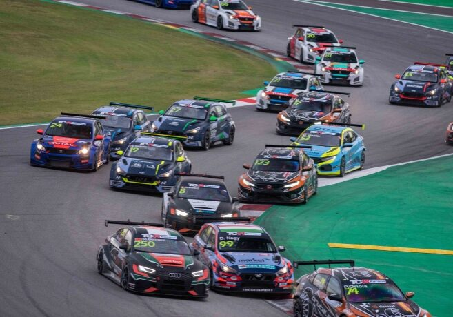 2020-2020 Barcelona Race 1---2020_TCR Europe_Barcelona_Race 1, start_90